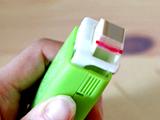 「テープのり」が進化!ハンコみたいに、ポンポン押して貼るのり