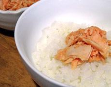 アツアツご飯が止まらない! 明太子×ツナの鉄板コラボ缶詰