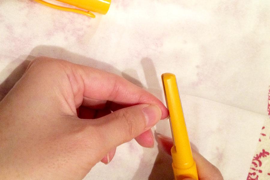 """""""切らない""""という新発想。安全な「削る」爪切りって!?"""