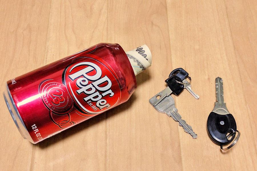 本物そっくり! 缶ジュース型の隠し金庫でへそくりためてみない?