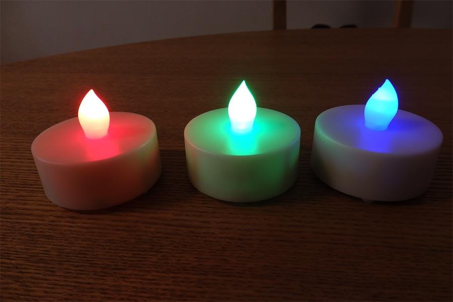 炎もリモコンで操る時代? 12色の「LEDキャンドル」がステキ