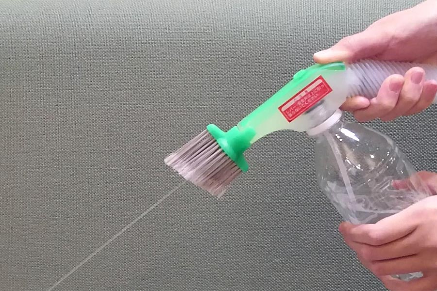 高圧洗浄機を買う前に! ペットボトルに付ける水圧ブラシを試した