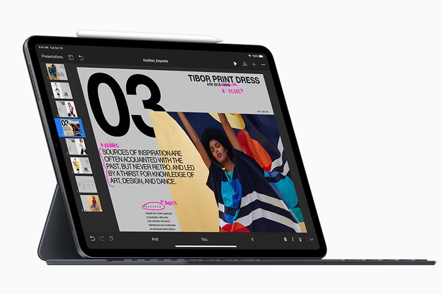 e7eab67199 12.9型モデルと11型モデルがあり、12.9型モデルは、額縁設計で画面 サイズの割にはコンパクトです。ノートパソコン代わりにiPadを使いたいという人は12.9型モデルを選ぶ ...