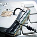 クレジットカードは現金を持ち歩くよりも安全? 専門家が解説!