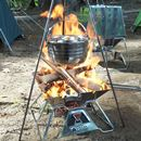 """楽しくてウマい! 焚き火台で作る""""吊り鍋料理""""と""""オーブン料理""""に初挑戦!!"""