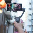 最強スマホ用ジンバル、DJI「Osmo Mobile 3」レビュー。折りたためて旅行にもピッタリ