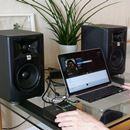モニタースピーカーで音楽鑑賞はアリ! 5機種をガチ試聴