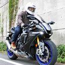 「CBR1000RR-R」のライバル車に試乗!公道でもシビれる加速感が味わえるヤマハ「YZF-R1M」