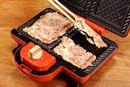 パンの代わりに肉ではさむ! BRUNOホットサンドメーカーで作る「肉サンド」がウマい【動画】