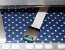 入れづらい裏面のスロットにコレ。SDカード端子延長ケーブル