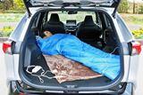 電気ケトルや電気毛布が使えるって最高!大容量バッテリーを搭載したトヨタ「RAV4 PHV」で車中泊
