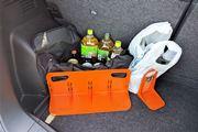 車の中で散乱する荷物…仕切ってスッキリしませんか?