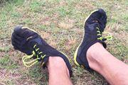 裸足感覚の5本指シューズVibram Five Fingers「V-Run」が脚の力を呼び覚ます!