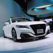 """トヨタ 新型「クラウン」6月下旬に発表、伝統のロイヤル&マジェスタは""""廃止"""""""