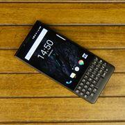 「BlackBerry KEY2」徹底レビュー。物理キーボードが快適過ぎる!