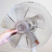 【微閲覧注意】10年使った扇風機のホコリがマジでやばかったので掃除してみた
