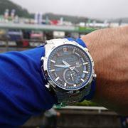 クルマ好きのための腕時計「EDIFICE」はスマホ連動でタイムが計れる!