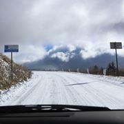 慣れない雪道の運転、走り方のコツは「戻す操作をていねいに」