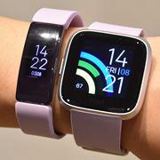 何が変わったの!? 「Fitbit」の最新スマートウォッチとフィットネスバンドを徹底比較
