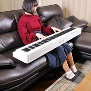 カシオの新型フルサイズ電子ピアノ「PX-S1000」弾いてみた! スリムすぎて概念変わる