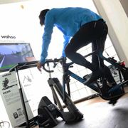 心拍上がると風が吹く! 自転車用のIoTトレーニングマシンを体験してきた