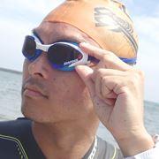 骨伝導音声で距離がわかる!? 海で泳ぐ「オープンウォータースイム」専用ギアをテスト!
