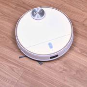 清掃力が業界トップレベル! 吸引と水拭きを同時に行うAnkerのロボット掃除機