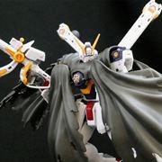 RG史上最小のガンプラ「クロスボーン・ガンダム」の極限精密再現に驚愕!