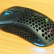 ゲーミングマウスは仕事にも便利!? 「Light2 200」に買い換えてみた