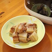 はやりの電気圧力鍋で家飲みのツマミ作り! 角煮も簡単&プルプルです