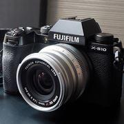 操作性抜群の富士フイルム「X-S10」と「XF 50mmF1.0」で宵闇迫る二子玉川・渋谷を切り撮る