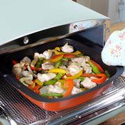 アラジントースターで作るズボラめしが超おいしい! 鶏肉と野菜のテキトー無水煮込み【動画】