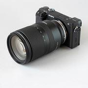 """""""明るくて小さくて安い""""標準ズーム。タムロン「17-70mm F/2.8 Di III-A VC RXD」は期待以上の優等生"""
