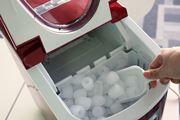 【動画あり】最速6分! 405「新型高速製氷機」が氷を作る様子が楽しい