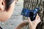 好奇心を刺激する顕微鏡「400-CAM025」に小学4年生が夢中!
