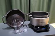鋳物ホーローの美味しさを手軽に! 入荷待ち「バーミキュラ」鍋がついに家電になった