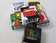 つい大人買いしたくなるチロルチョコ、食べれば味の小宇宙やぁ〜