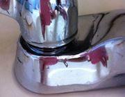 ガチガチに固まった水垢を簡単に落とすテクを伝授!