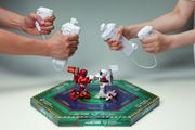 ヌンチャク式のコントローラーでロボットバトルに熱狂!