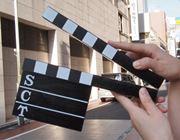 映画監督気分を味わえるカチンコは、意外と使えるアイテムかも?