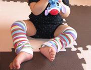 子どもの足を、オシャレに防寒。「レッグウォーマー」