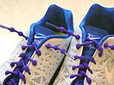 靴ヒモはもう結ばない!履きやすくて脱ぎやすい、伸縮する靴ヒモ