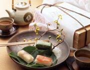脂の乗った鯖の旨みと酢飯のコラボ。柿の葉の香りが移って絶品!