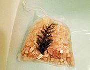 お湯から香る檜風呂。「檜の入浴剤」で極上リラックス!