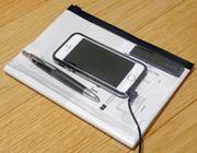 超便利。ペンやスマホが収納できるノートって何?