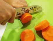 気配り上手な食育包丁。子どもの「ウッカリ」をばっちりサポート