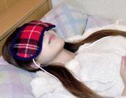 USB式ホットなアイマスクで疲れ目解消!