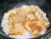 なか卯の絶品親子丼が、好きな時にご家庭で味わえる!