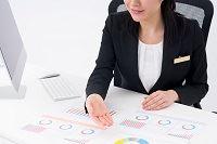 投資信託でよく聞くインデックスファンドとアクティブファンドの違いって何?