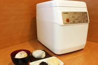 価格.comの人気売れ筋ランキング1位の餅つき機、東芝「もちっ子生地職人」を使ってみた